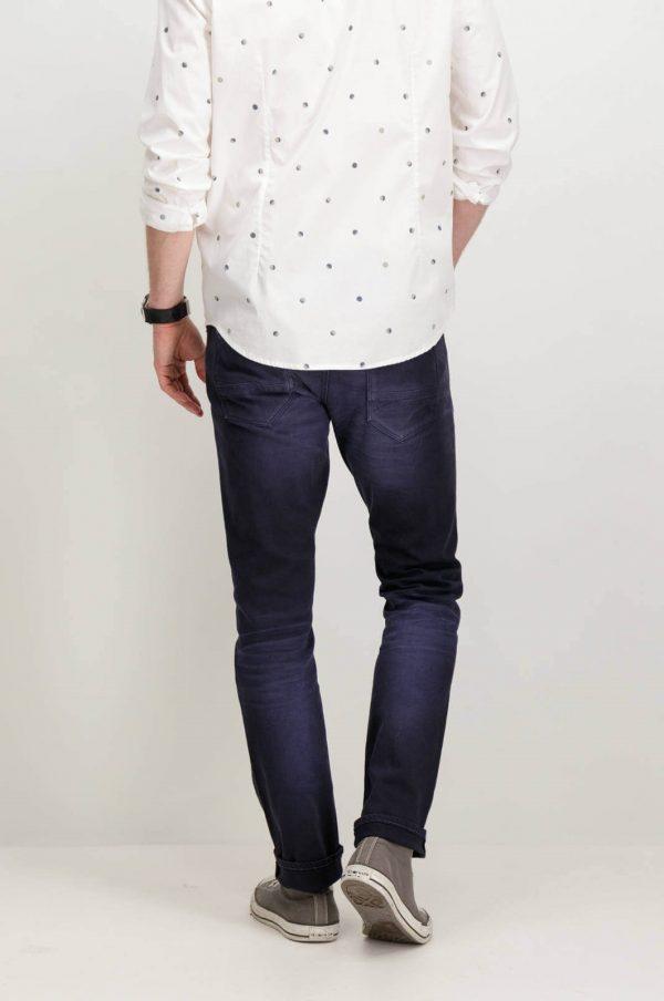 Parte de trás de Jeans slim azul escuro para homem da Garcia Jeans
