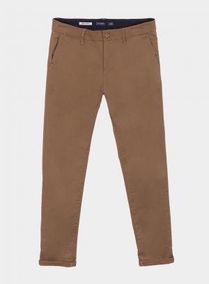 Calças chino slim fit em camel para homem da Tiffosi