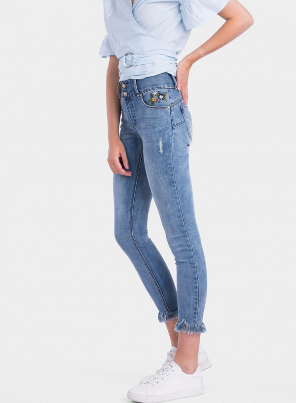 Lateral de jeans light Double-Up Skinny flor bordada da Tiffosi