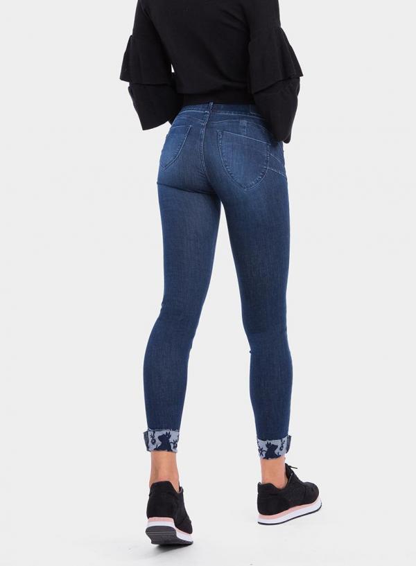 Parte de trás das calças de ganga onesize_double Up Skinny da Tiffosi