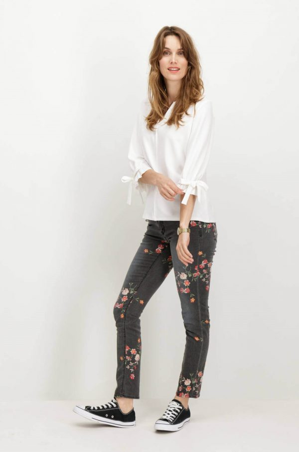 Frente de Jeans com estampa floral em cinza escuro para mulher da Garcia Jeans