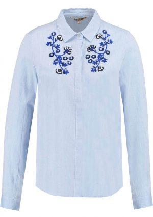 Camisa com latejoulas bordadas em azul claro para mulher da Garcia Jeans