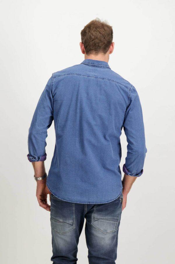 Costas da camisa azul com mangas compridas para homem da Garcia Jeans