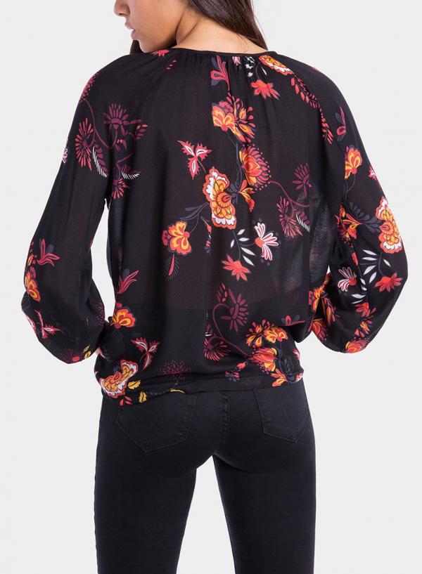 Costas de blusa com estampado floral da Tiffosi