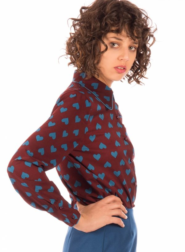 Camisa com print corações para mulher da Minueto