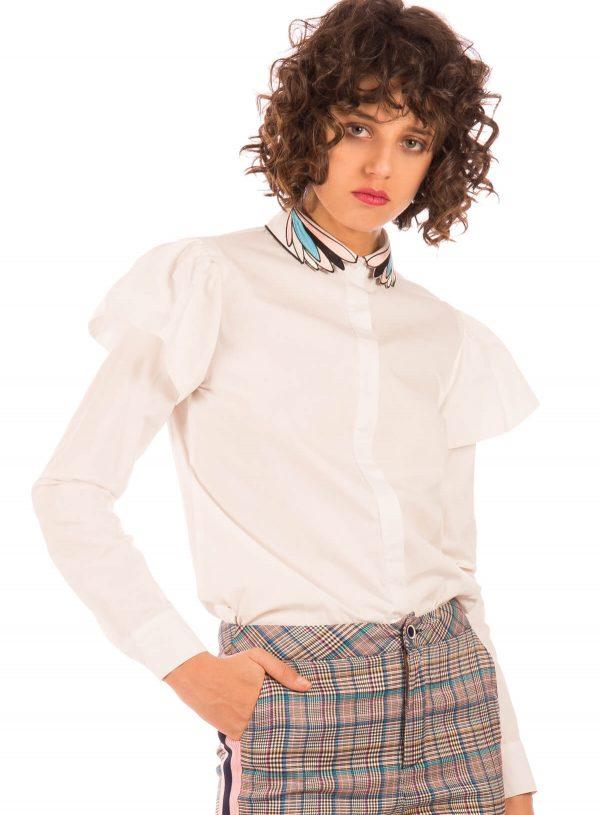 Camisa com gola bordada em branco para mulher da Minueto