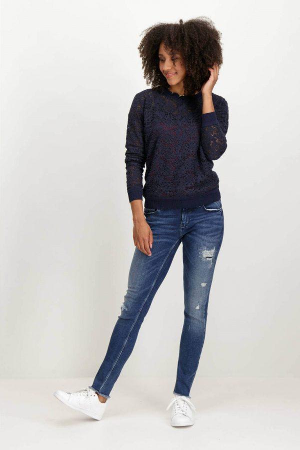 Frente do pulôver de renda com decote redondo mulher da Garcia Jeans
