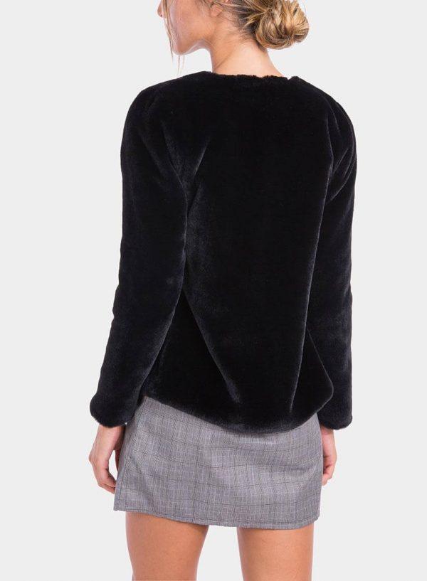 Costas de casaco de pelo preto de mulher da Tiffosi