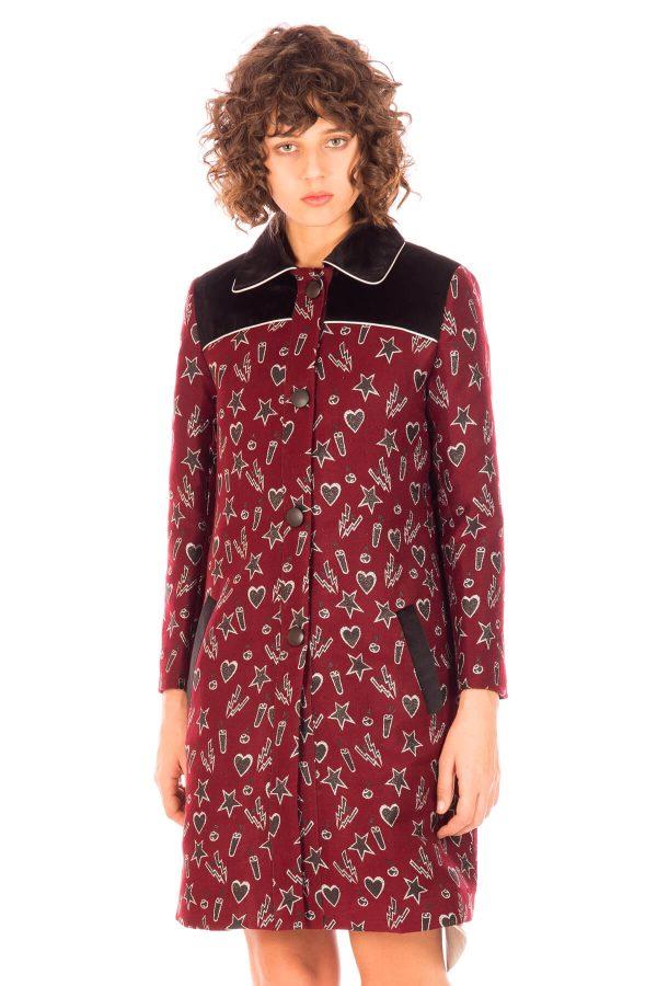 Frente de casaco comprido bordado para mulher da Minueto
