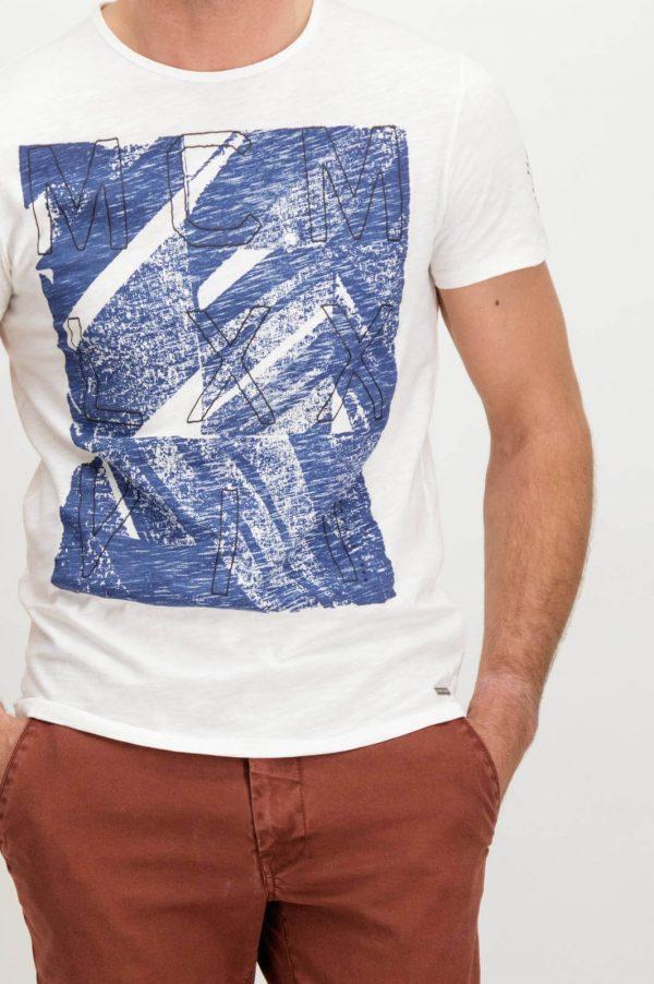 Pormenor da frente da T-shirt branca bordada para homem da Garcia Jeans