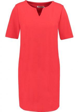 Vestido de malha vermelha com bolsos, da Garcia jeans