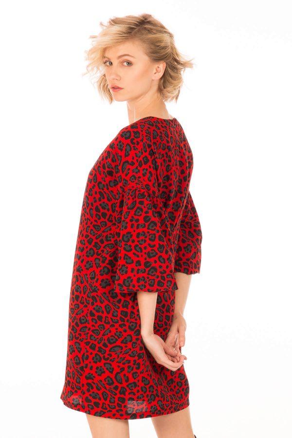 Lateral esquerdo de vestido estampado leopardo vermelho para mulher da Minueto