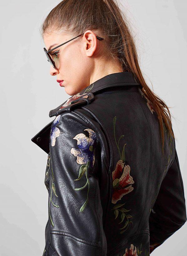 Costas de blusão traçado bordado floral da para mulher da Md`m