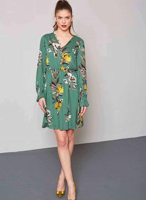 Vestido com elástico em print floral da Md`m