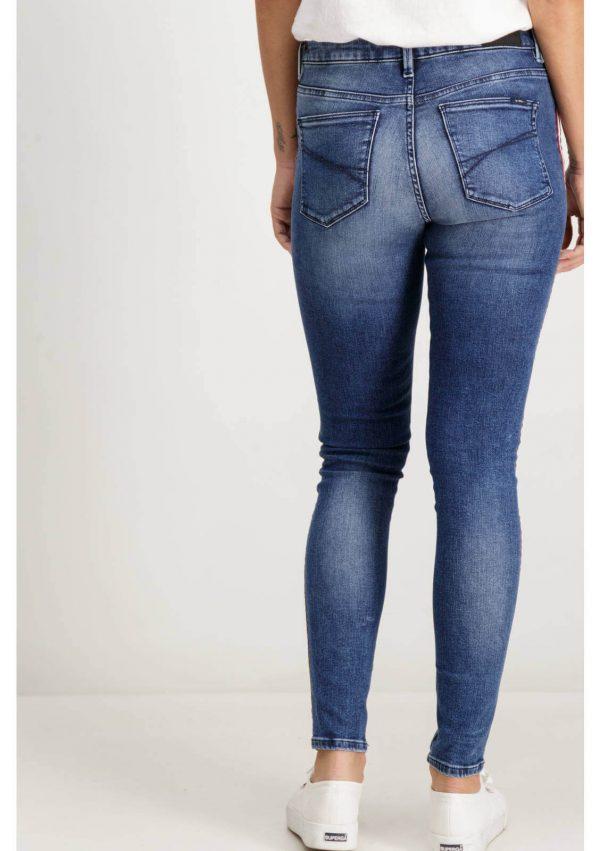 Calça de ganga clara com lista lateral para mulher da Garcia Jeans