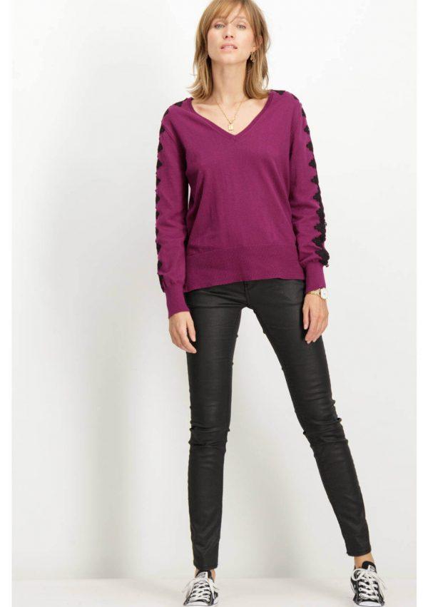 Camisola com renda na manga para mulher da Garcia Jeans