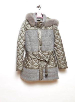 Frente de casaco 3/4 com capuz pelo removível em cinza para mulher da Van-Dos
