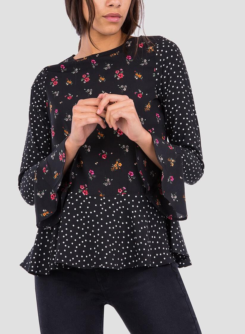 51d4848522 Frente da blusa combinada com folhos da Tiffosi ...