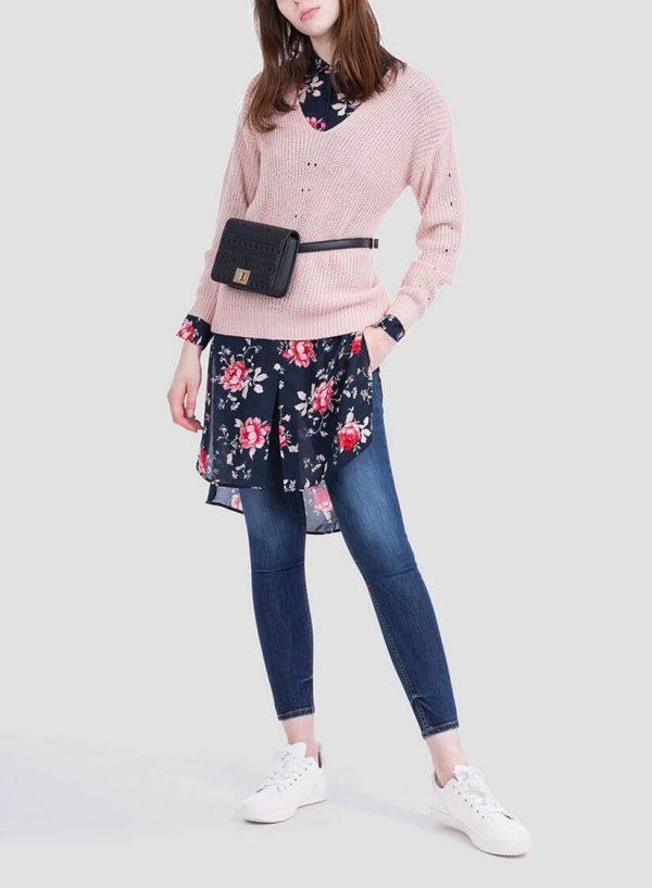 Frente da camisola rosa com brilho decote em V da Tiffosi