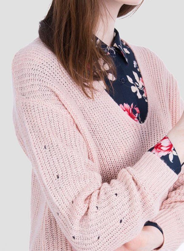 Lateral da camisola rosa com brilho decote em V da Tiffosi