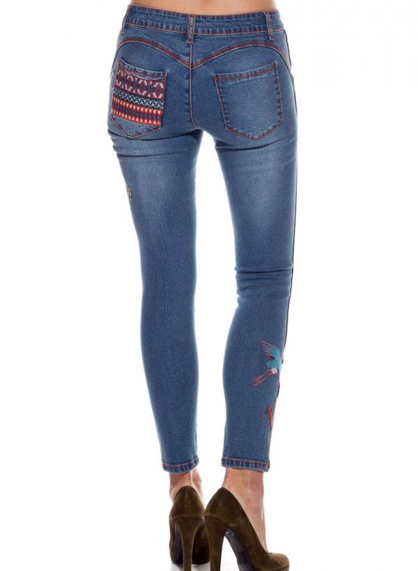 Jeans com pássaros bordados para mulher da Rosalita McGee