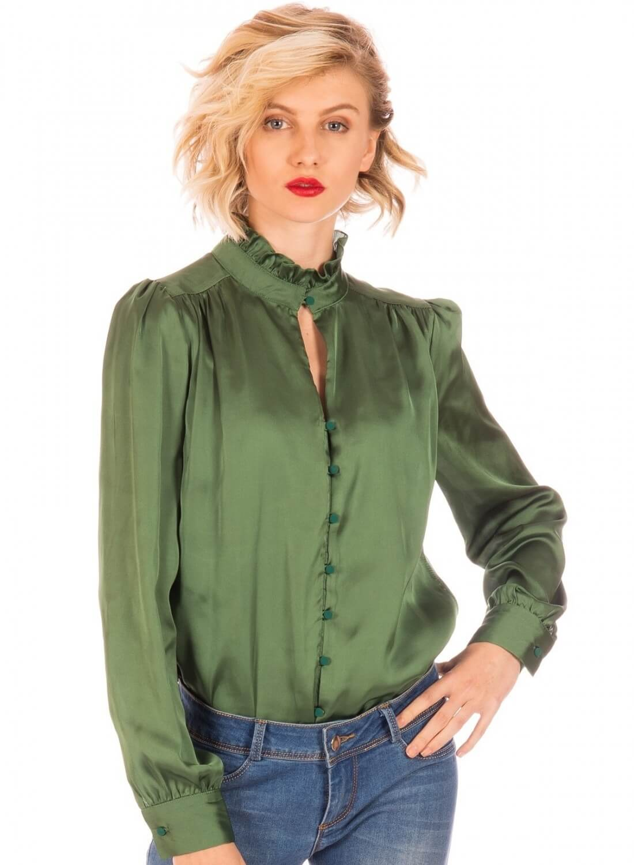 cb9bb619d Frente camisa verde com franzidos para mulher da Minueto ...