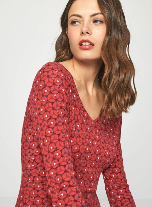 Vestido vermelho de manga comprida da Surkana