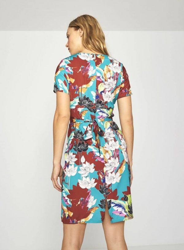 Vestido floral com racha da Surkana