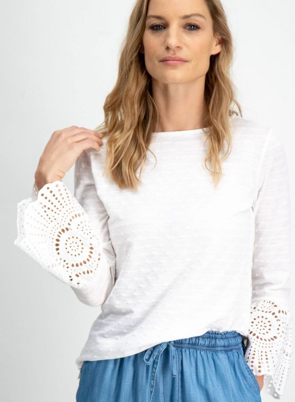 Blusa branca manga com trompete em renda para mulher da Garcia Jeans