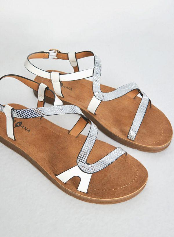 Sandália prata e branca com entrelaçado da Surkana