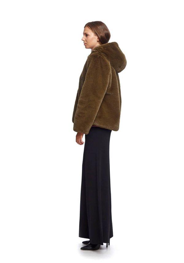 Casaco curto de pelo com capuz para mulher da Van-Dos