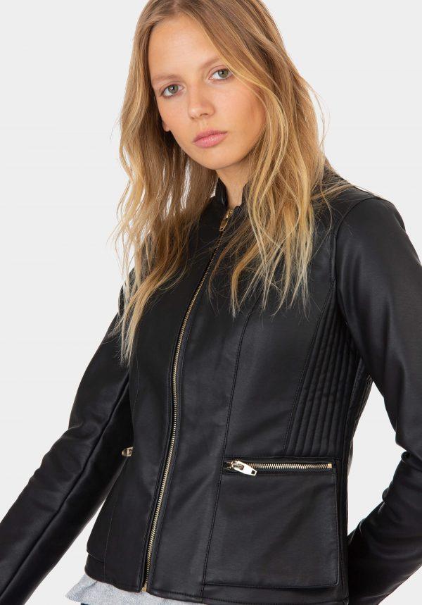 Blusão preto de napa para mulher da Tiffosi