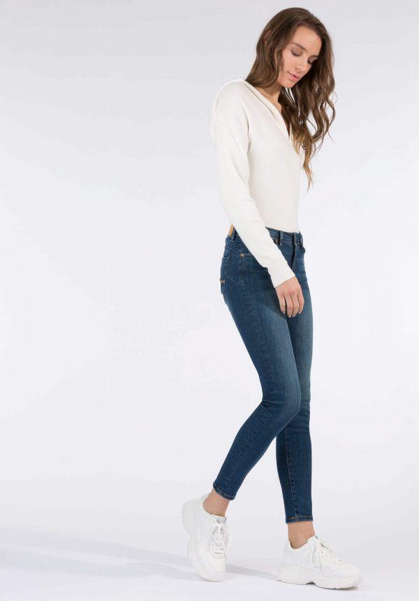 Jeans push-up skinny cintura média para mulher da Tiffosi