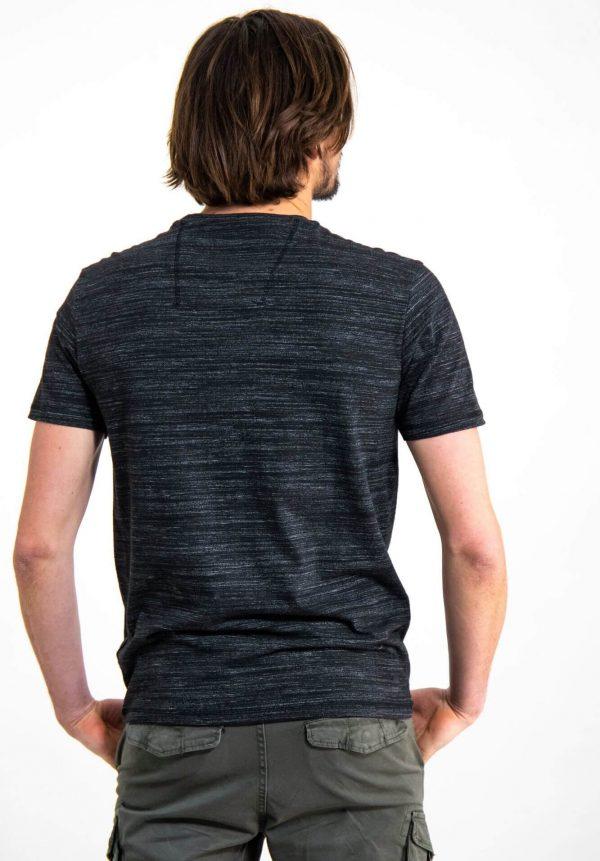 T-shirt preta c/ estampa para homem da Garcia Jeans