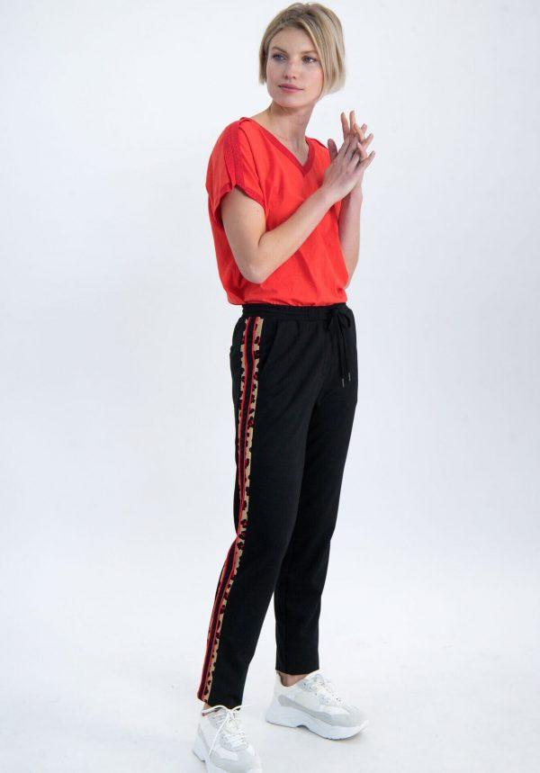 T-shirt com aplicação no ombro para mulher da Garcia Jeans