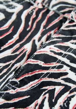 Saia curta c/ print tigresa para menina da Garcia Jeans